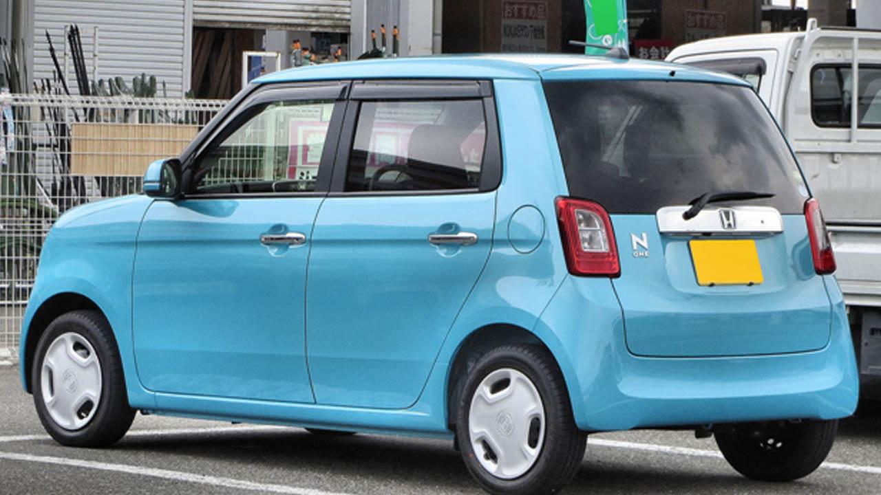 Photo of گاڑیوں کے سیکٹر کو بڑا دھچکا،،حکومت نے گاڑیوں کی خریدوفروخت پر بڑی شرط عائد کر دی